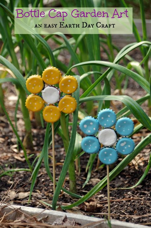 Easy-Earth-Day-Crafts-Bottle-Cap-Garden-Art-2-678x1024