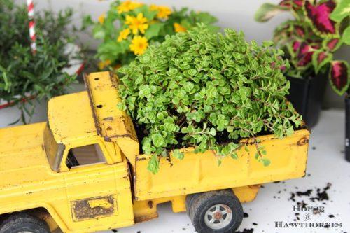 toy-truck-planter-repurpose
